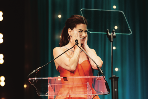 DebraMessing_BTD_StephGrant-19